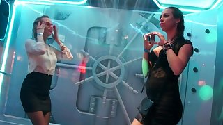 Victoria Puppy and Jessie Jazz playing on cam
