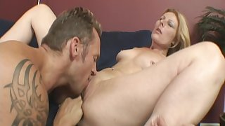 Strong pleasures for this steamy milf