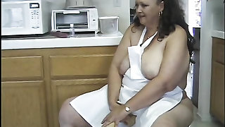 BBW wife plays naughty in her apron