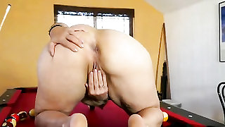 Big mature ass is beautiful on the pool table