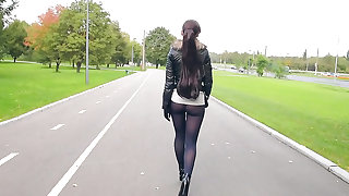 Jeny Smith pantyhose in public pretend to be leggings