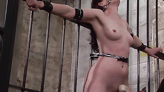 Slave Caroline Pierces frontal whipping