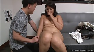 A little bit shy Kuroki Kanako eventually gets completely naked