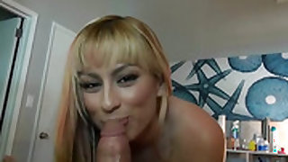Blonde Rogue Angel makes a dirty dream