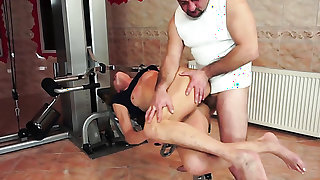 Blonde is addicted to fuck